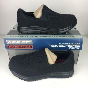 SKECHERS Work Relaxed Fit  women 6.5 Wide Shoe New